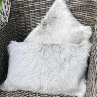 Kissen Dekokissen echt Ziegenfell echt Fell Ziege 30x50 cm hellgrau