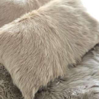 Kissen Ziegenfell beige camel länglich echt Fell echtes Ziegenfell