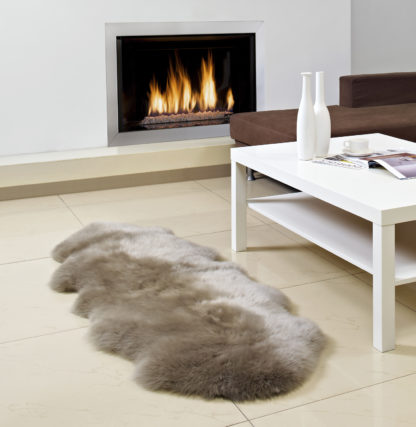 Neuseeland Schaffell Lammfell braun taupe beige echt Fell Lammfell Schaffell Premium Qualität sehr weich von auskin 135x60 cm