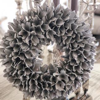 Kranz Naturkranz Türkranz Wandkranz getrocknete Blätter in grau weiß shabby chic Glitterstaub