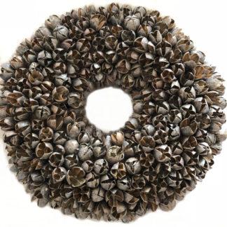 Kranz braun platinum silber Deluxe Finish Naturkranz Türkranz aus Bakuli Frucht getrocknete Früchte in Platinum wash deluxe braun beige silber Kupfer Ton von couronne Ø 30 cm Naturkranz Weihnachtsdekoration