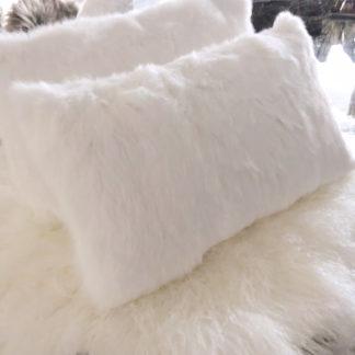 Luxus Kissen Hase weiß echt Fell Hasenfell Kaninchen sehr weich, super weich rabbit 30x50 cm