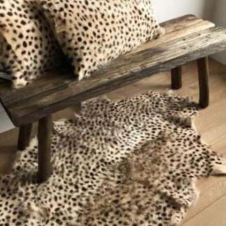 Ziegenfell echt Fell Teppich Tierfell Leopard Look Animal Print Leopard bedruckt echtes Fell Ziegenfell bedruckt Safari Dschungel Stil Motiv Leopard Löwe Gepard