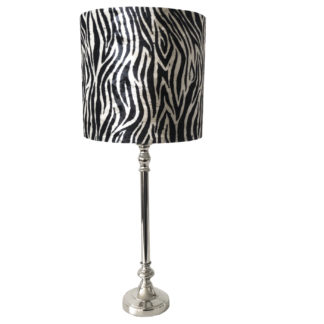 Tischlampe Zebra Motiv schwarz weiß silber Lampenfuß silber Metall Lampenschirm Zebra Muster schwarz weiß Colmore, Carina Lampenfuß silber Light & Living klein