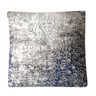 Kissen Leinenkissen grau blau Verlauf 45 cm mit silber Stickerei Blumen Handmade von Zenza mit silber Stickereien Blumenmuster