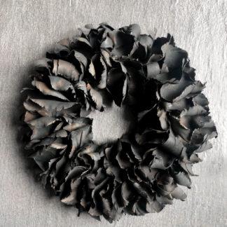 Kranz schwarz Naturkranz Palm Blatt Blätter Frucht Palm Frucht schwarz sehr edel Ø40 und Ø 55 cm aus Palm Blättern Türkranz schwarz Dekokranz Wandkranz Tischkranz Weihnachtskranz Kranz schwarz