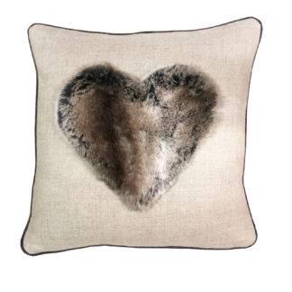 Herzkissen Kissen Herz Fell Leinen Kissen Herz mit Fell beige taupe braun zum Valentinstag Kuschel weich zum verlieben