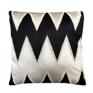 Luxus Kissen schwarz creme beige schwarz weiß edles Dekokissen Muster Zick Zack Zackenmuster Dekoration Sofakissen