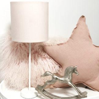 Tischlampe weiß mit Lampenschirm rosa rund Samt Kordoptik Kinderzimmer Mädchen zart Rosa Lampenschirm Dekoration Kinderzimmer Dekolieblinge im Kinderzimmer