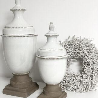 Deckelvase auf Fuß weiß creme mit braunem Fuß Keramik shabby chic Landhaus Mediterran Vase mit Deckel Dekoration home Dekolieblinge