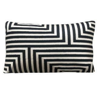 Luxus Kissen schwarz weiß gestreift modernes Muster Grafikmuster bestickt edel Dekokissen schwarz weiß Sofakissen Zierkissen