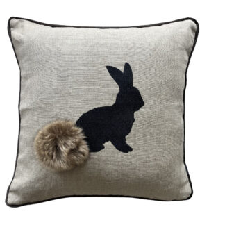 Kissen Hase Osterhase Puschelhase Hoppehase beige schwarz Leinenkissen Hase Kaninchen Oster Osterdekoration steen design