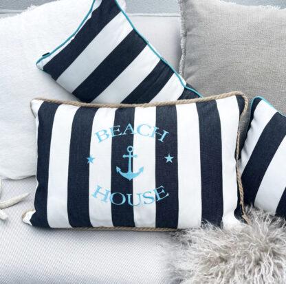 Dekokissen schwarz weiß gestreift bestickt Schriftzug Beach House Keder aus Jute Sommerkissen Outdoor-Kissen Sommerdekoration Balkon Terrasse