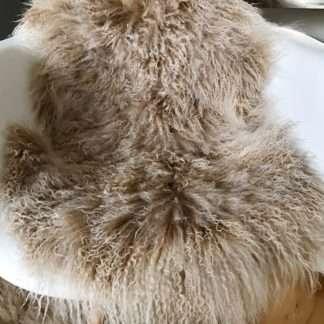 Tibet Lammfell echt Fell beige snow Schaffell mongolisches Lammfell beige Snow beige mit weißen Spitzen super weich