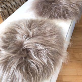 Sitzkissen Pad Stuhlauflage Islandlammfell echt Fell Lammfell beige taupe rund auskin