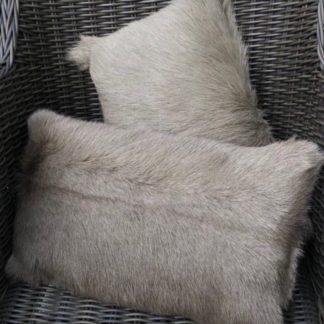 Kissen Dekokissen Ziegenfell , echt Fell aus Ziegenfell grau, beige taupe braun