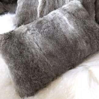 Luxus Kissen echt Fell Hasenfell Kaninchenfell Rabbit echt Leder grau weiß 35x50 cm