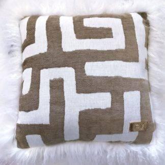 Luxus Kissen Dekokissen mit echt Tibet Lammfell Bordüre 50 x 50 cm weiß beige taupe